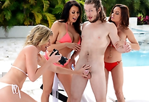Getting Milf Handled -  Cory Chase & Diamond Foxxx In the porn scene